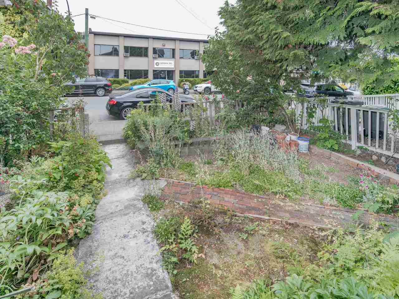 Detached at 1214 E GEORGIA STREET, Vancouver East, British Columbia. Image 2