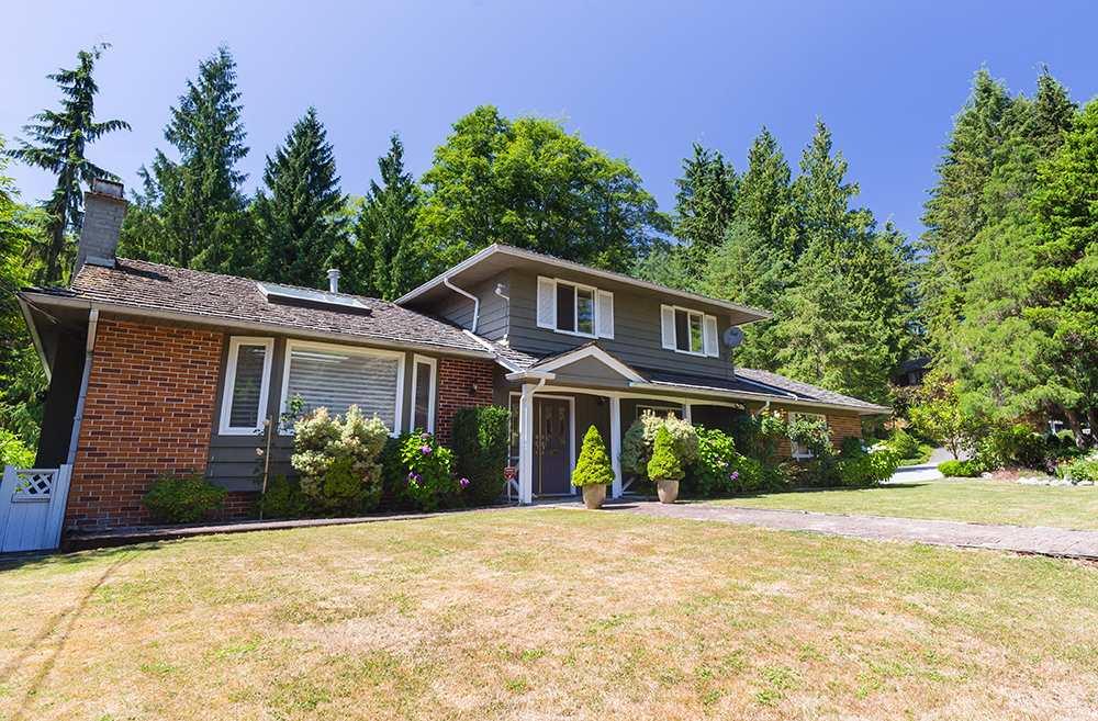 Detached at 101 DEEP DENE PLACE, West Vancouver, British Columbia. Image 1