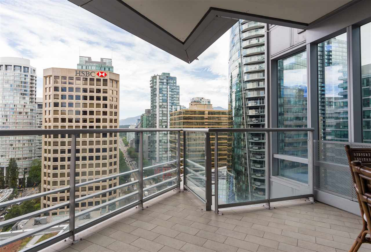 Condo Apartment at 1702 1111 ALBERNI STREET, Unit 1702, Vancouver West, British Columbia. Image 7