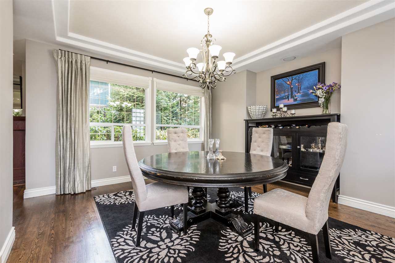 Detached at 13902 25A AVENUE, South Surrey White Rock, British Columbia. Image 9