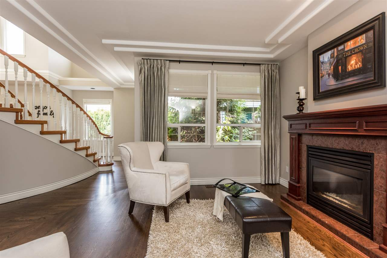 Detached at 13902 25A AVENUE, South Surrey White Rock, British Columbia. Image 10