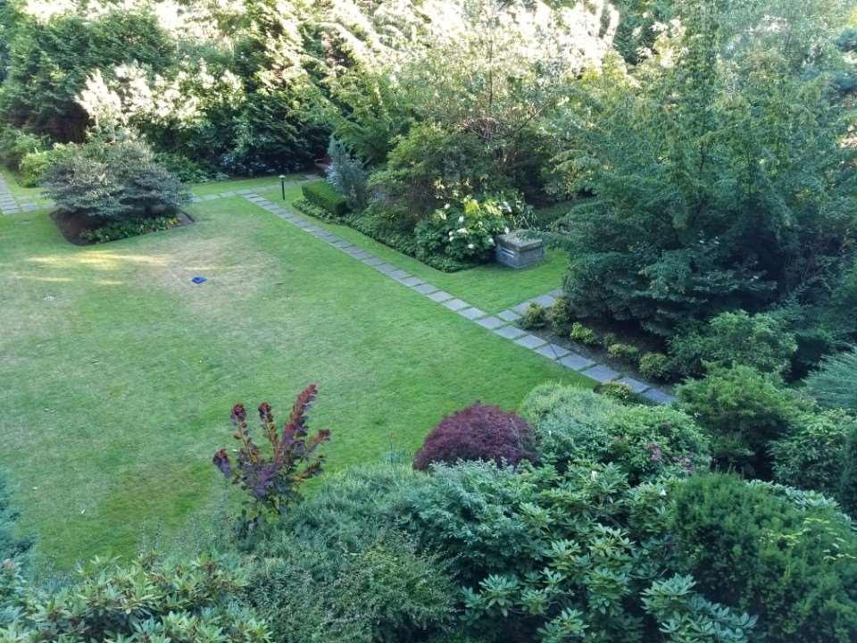 Condo Apartment at 306 5639 HAMPTON PLACE, Unit 306, Vancouver West, British Columbia. Image 1