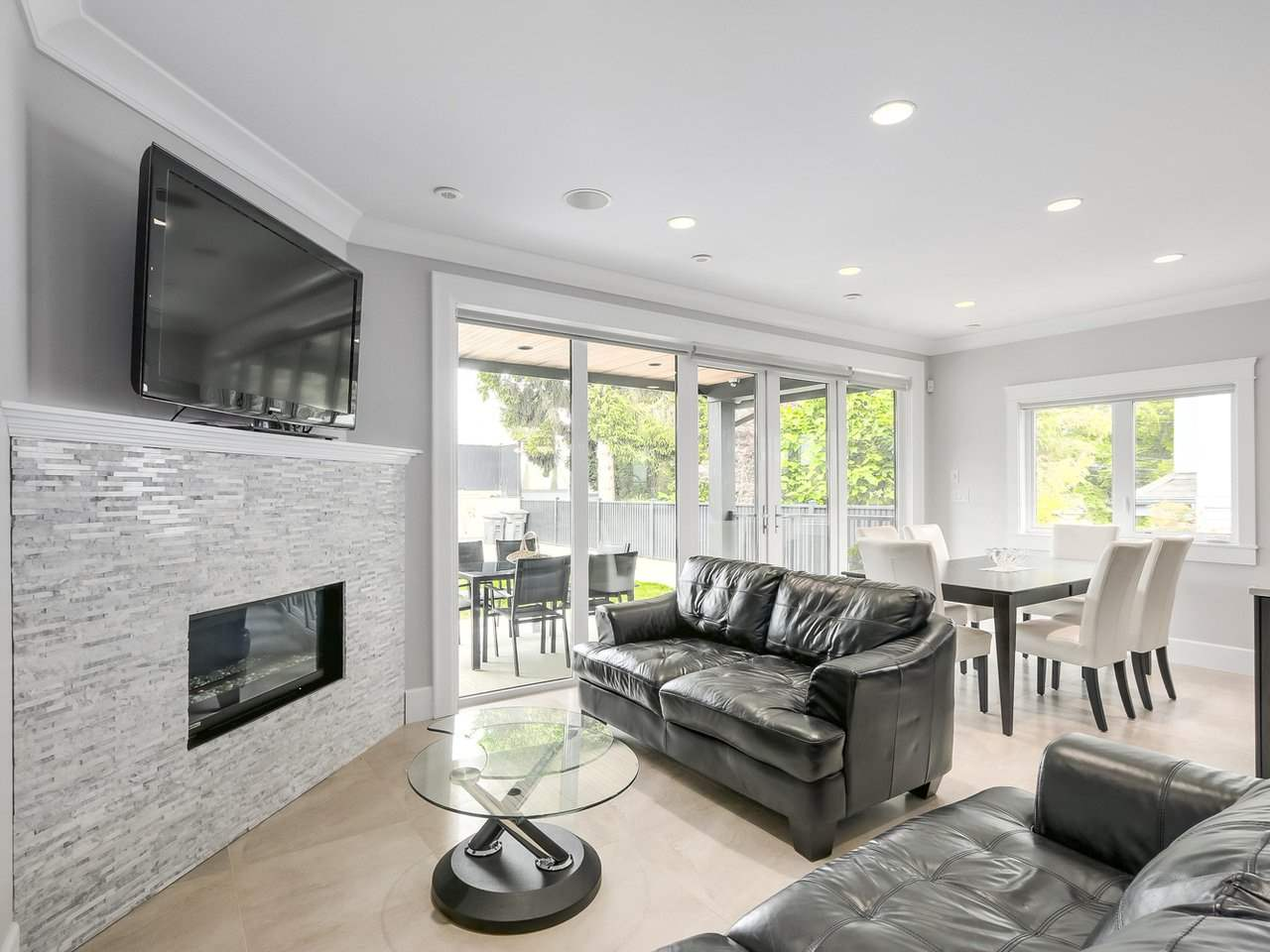Detached at 6185 6TH STREET, Burnaby South, British Columbia. Image 4