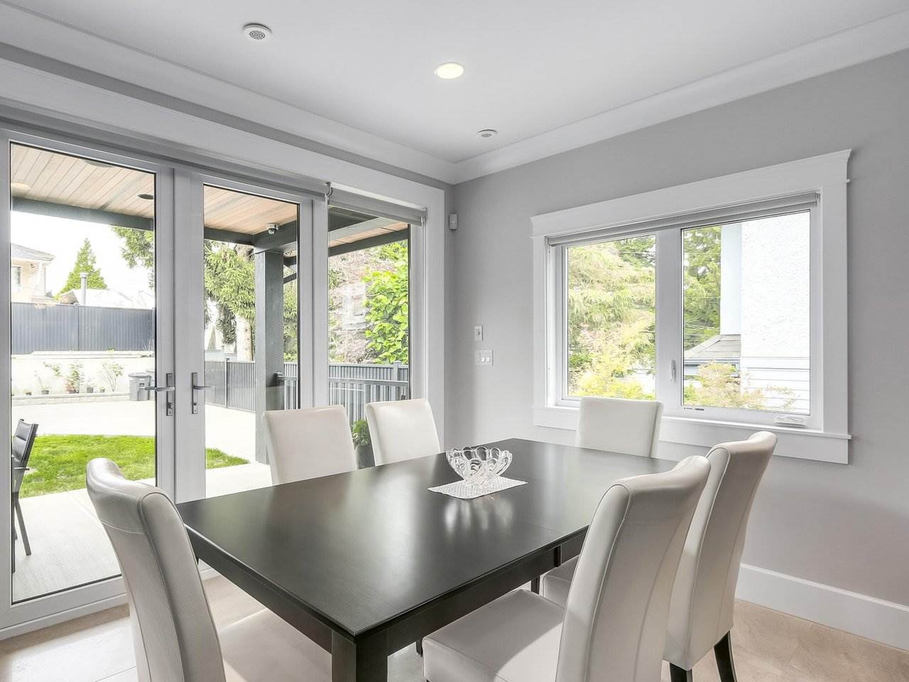 Detached at 6185 6TH STREET, Burnaby South, British Columbia. Image 8