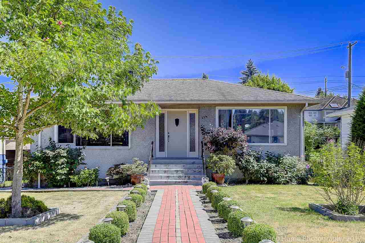 Detached at 114 OVENS AVENUE, New Westminster, British Columbia. Image 1