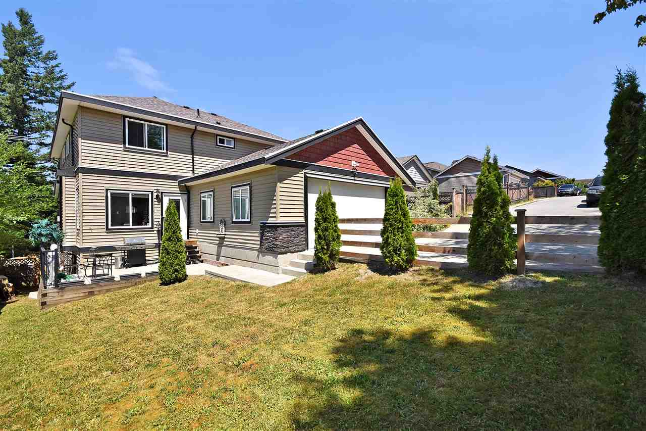Detached at 32966 CHERRY AVENUE, Mission, British Columbia. Image 20