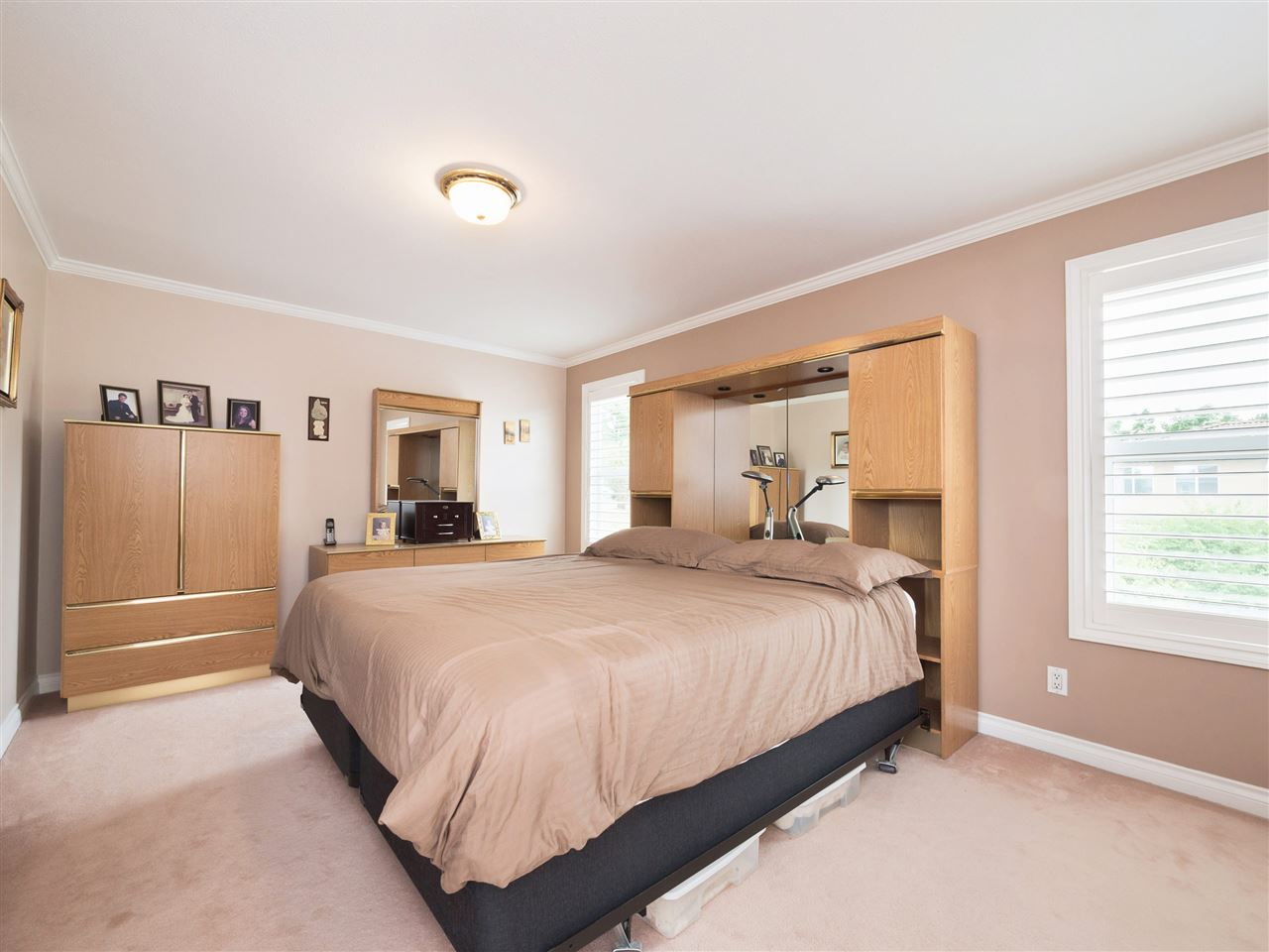 Detached at 8707 YARROW PLACE, Burnaby East, British Columbia. Image 14