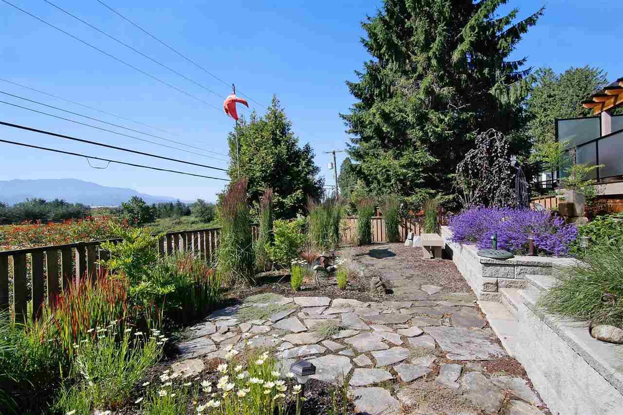 Detached at 35457 DELAIR ROAD, Abbotsford, British Columbia. Image 17