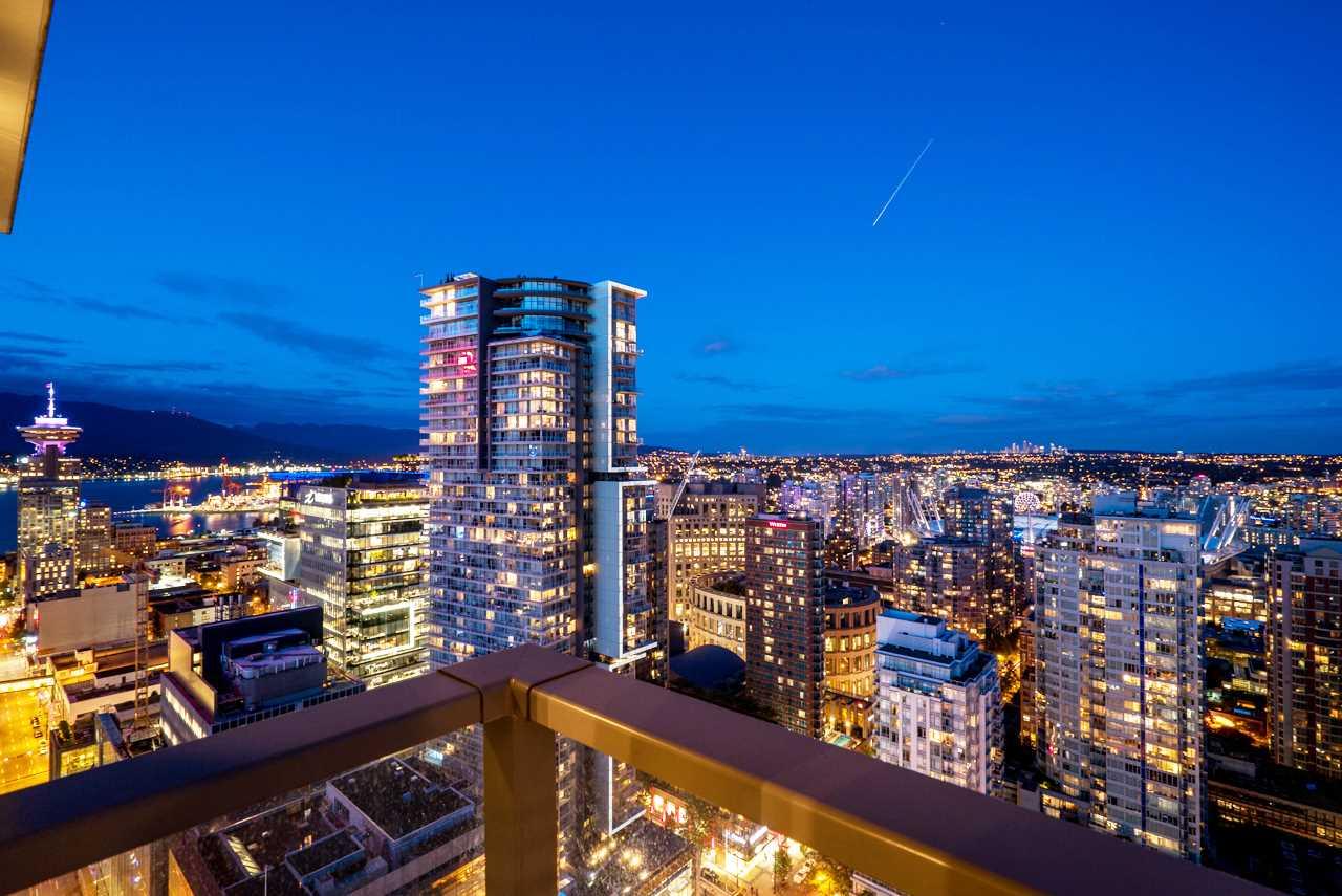 Condo Apartment at 3503 833 SEYMOUR STREET, Unit 3503, Vancouver West, British Columbia. Image 2