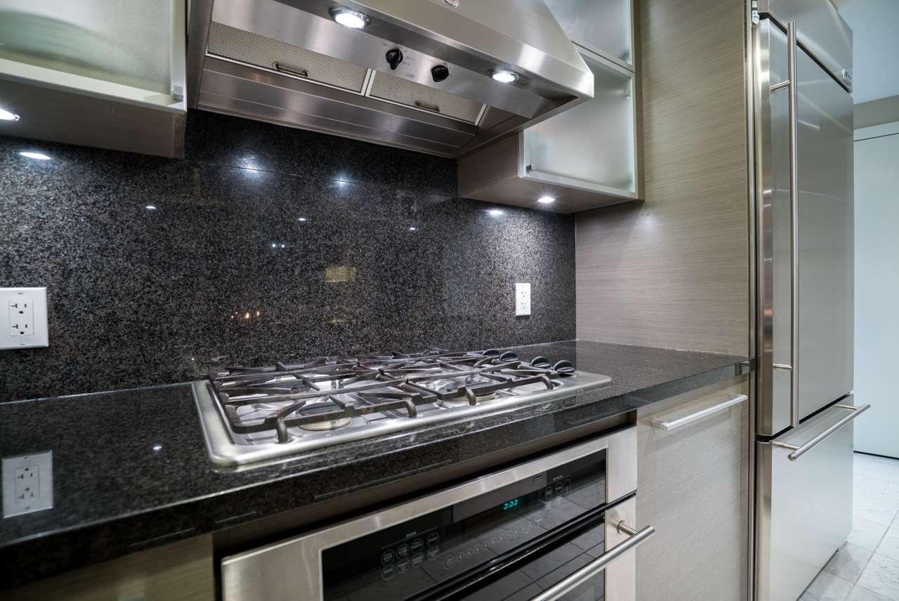 Condo Apartment at 3503 833 SEYMOUR STREET, Unit 3503, Vancouver West, British Columbia. Image 8