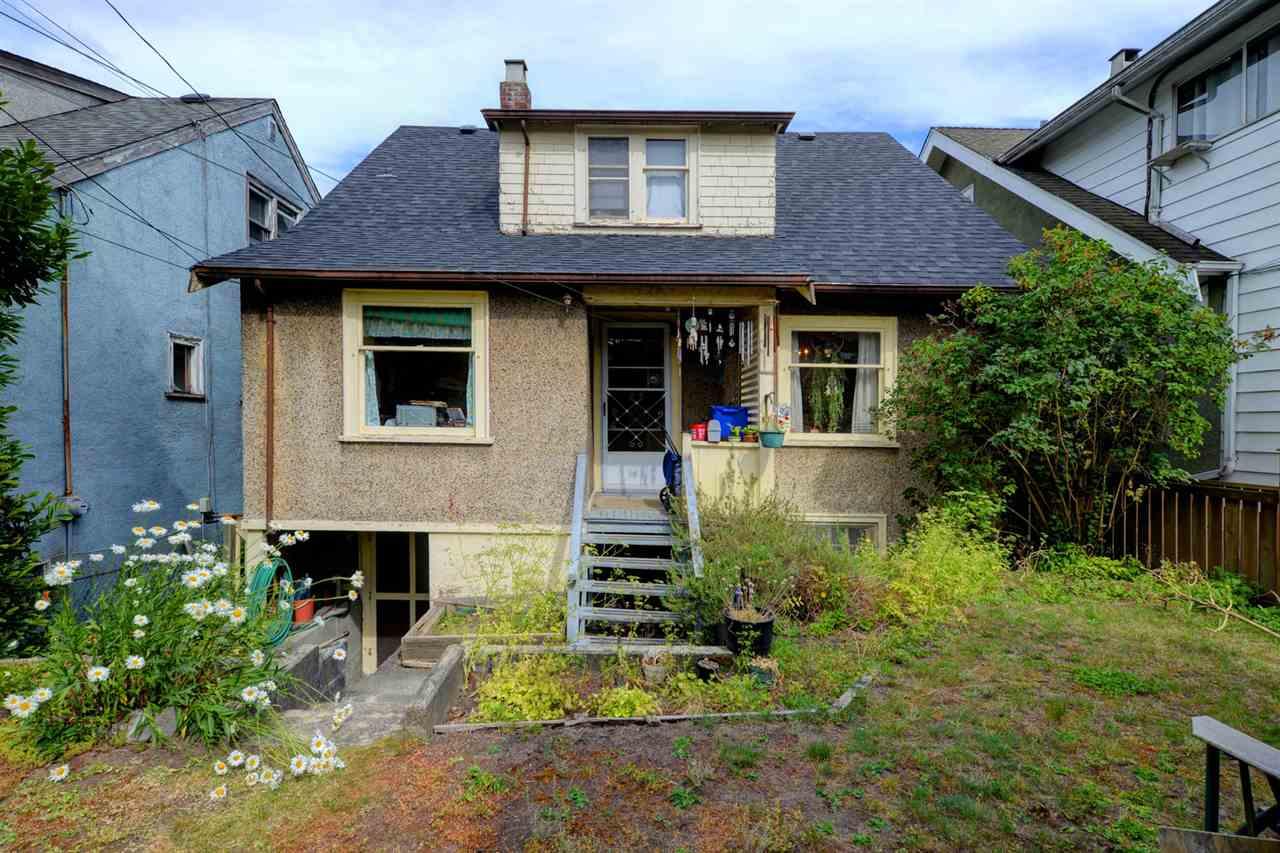 Detached at 4055 DUNBAR STREET, Vancouver West, British Columbia. Image 3