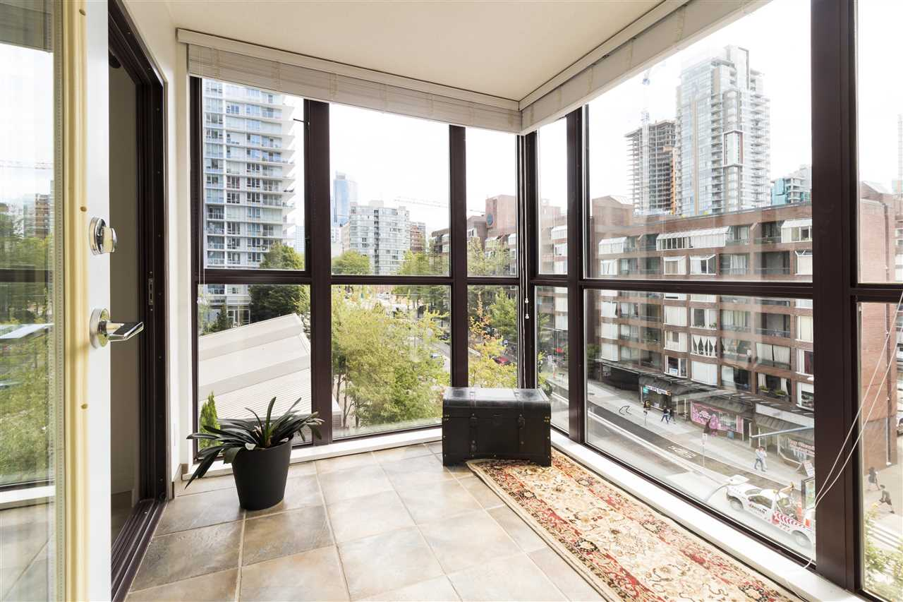 Condo Apartment at 708 1003 PACIFIC STREET, Unit 708, Vancouver West, British Columbia. Image 3