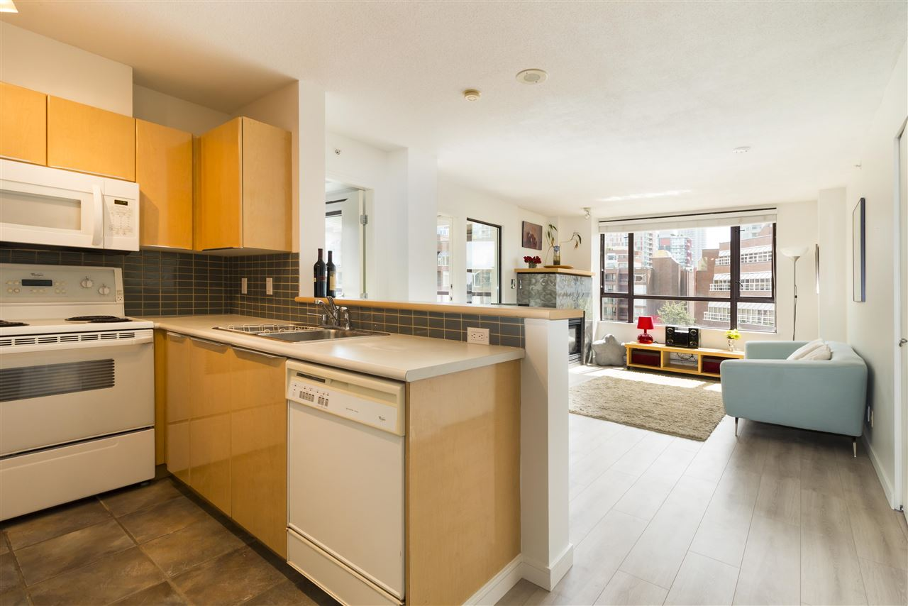 Condo Apartment at 708 1003 PACIFIC STREET, Unit 708, Vancouver West, British Columbia. Image 4