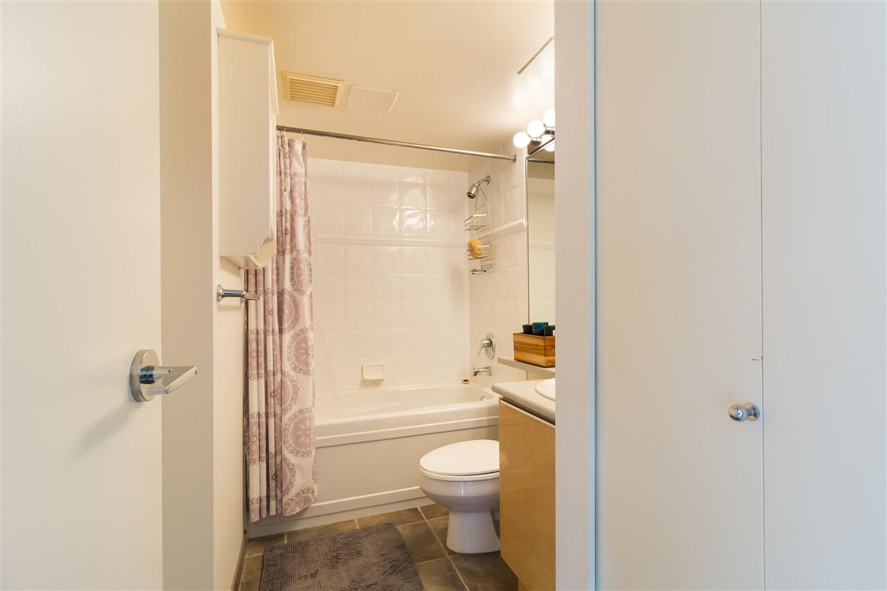 Condo Apartment at 708 1003 PACIFIC STREET, Unit 708, Vancouver West, British Columbia. Image 7