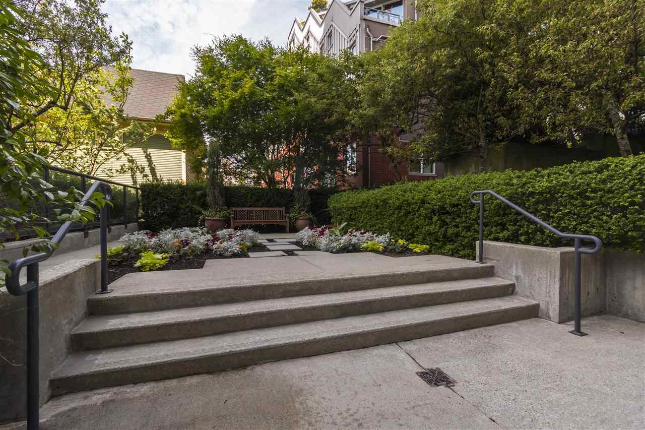 Condo Apartment at 708 1003 PACIFIC STREET, Unit 708, Vancouver West, British Columbia. Image 10