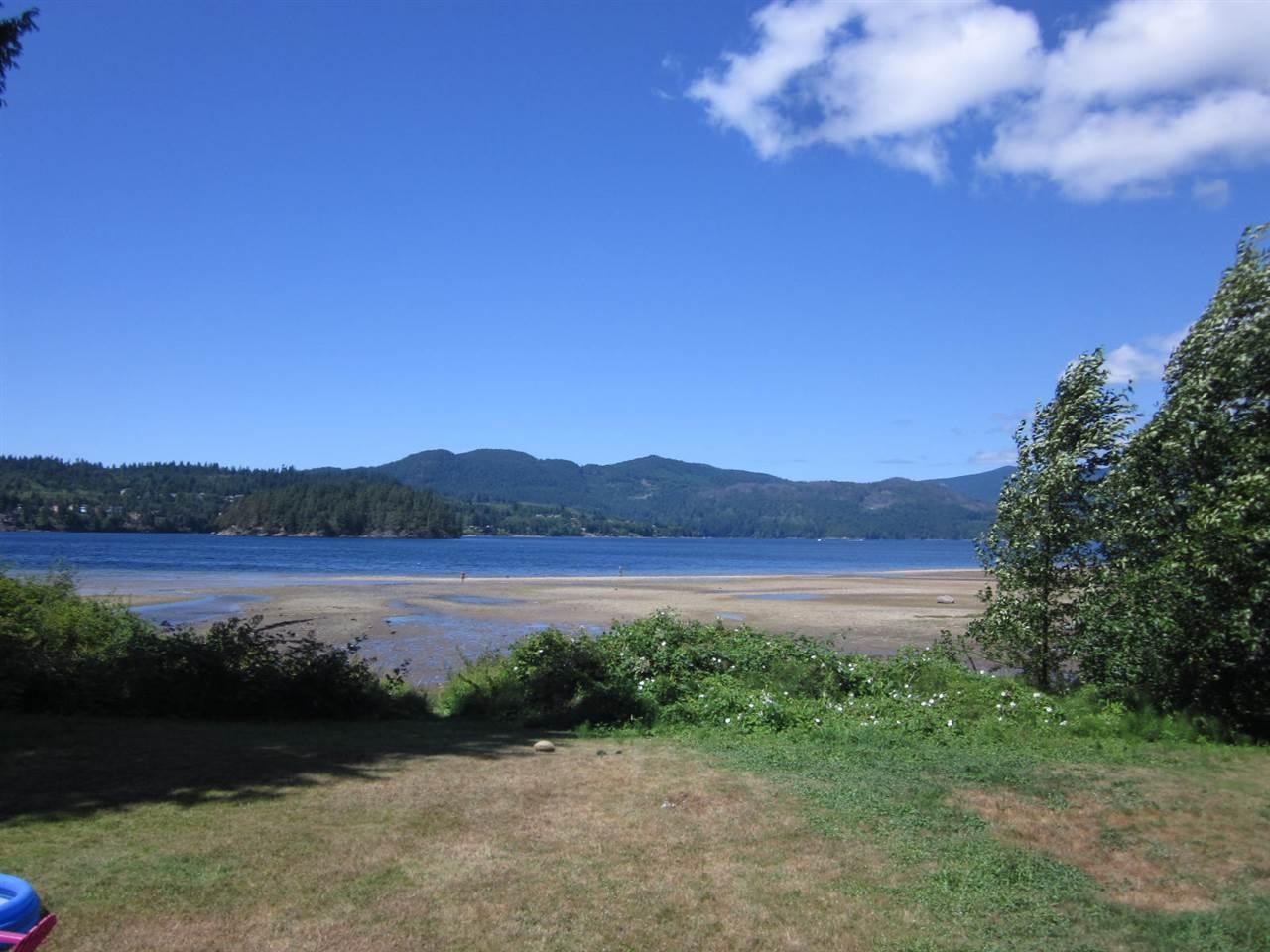 Detached at 6185 SECHELT INLET ROAD, Sunshine Coast, British Columbia. Image 4
