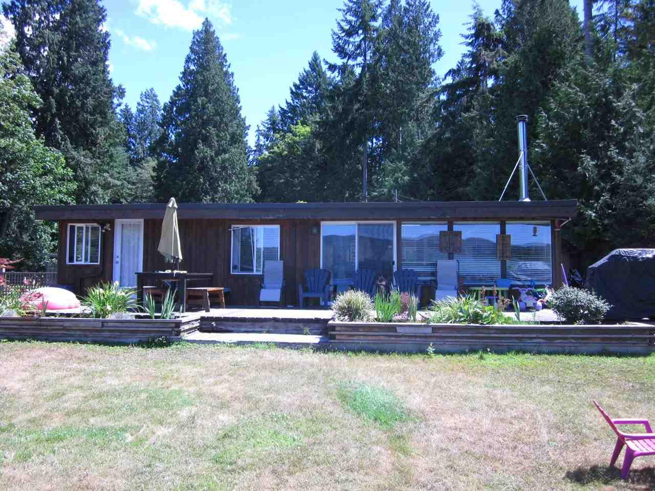 Detached at 6185 SECHELT INLET ROAD, Sunshine Coast, British Columbia. Image 5