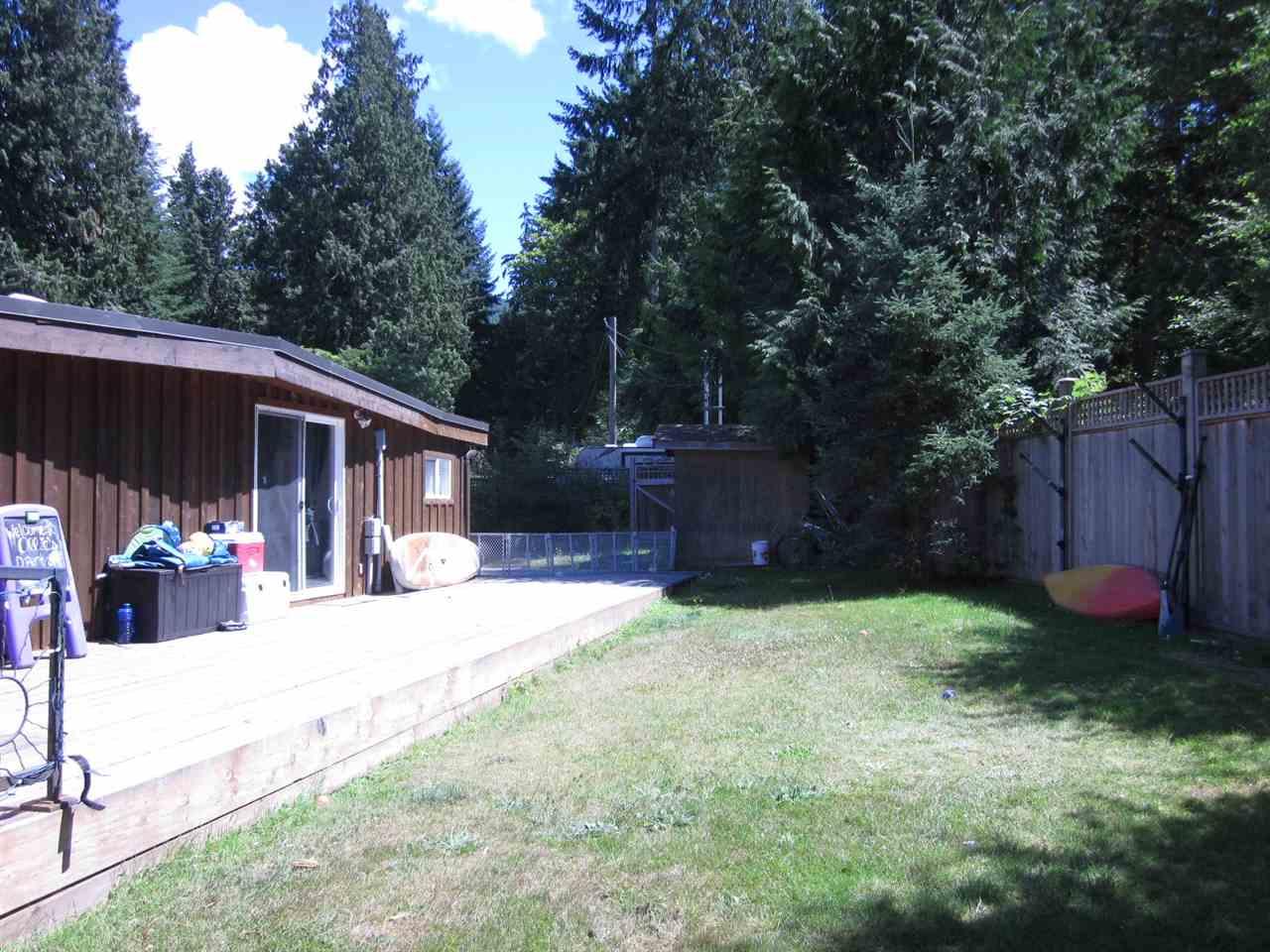 Detached at 6185 SECHELT INLET ROAD, Sunshine Coast, British Columbia. Image 18