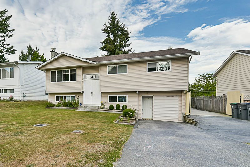 Detached at 9148 MALCOLM PLACE, Surrey, British Columbia. Image 1