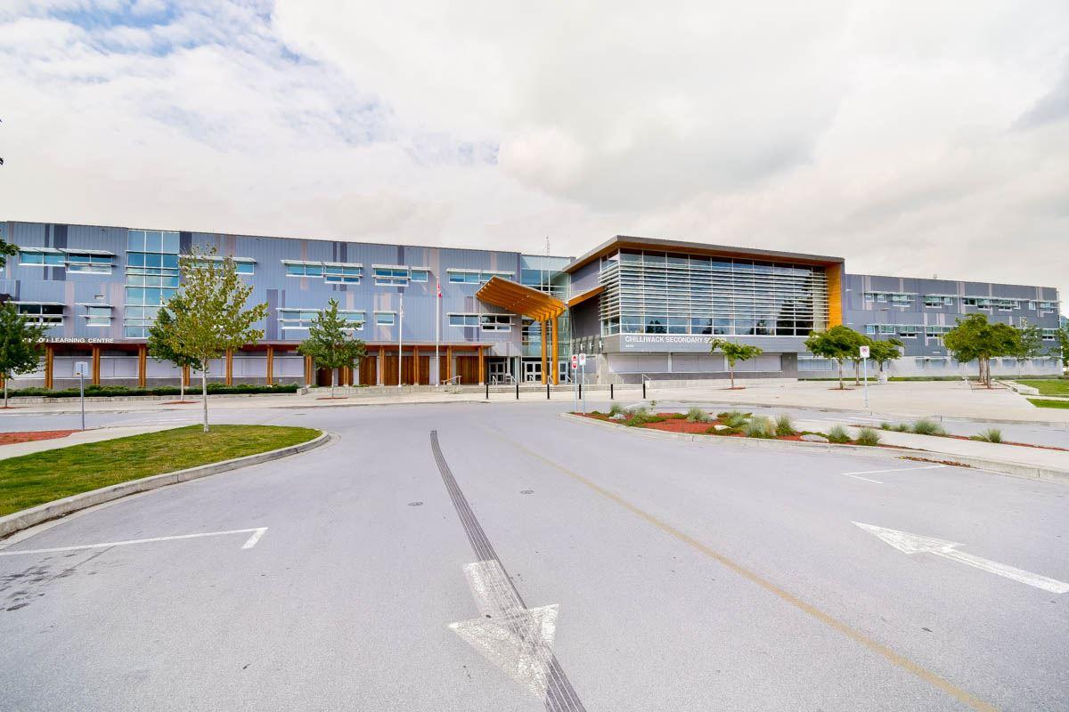 Condo Apartment at 305 46351 YALE ROAD, Unit 305, Chilliwack, British Columbia. Image 16