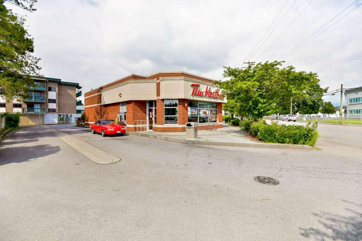 Condo Apartment at 305 46351 YALE ROAD, Unit 305, Chilliwack, British Columbia. Image 17