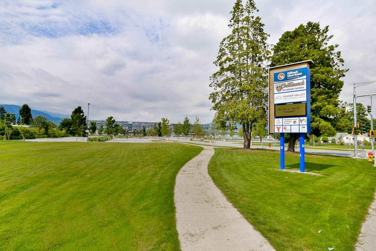 Condo Apartment at 305 46351 YALE ROAD, Unit 305, Chilliwack, British Columbia. Image 19