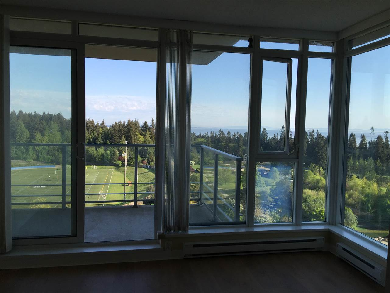 Condo Apartment at 1503 2688 WEST MALL, Unit 1503, Vancouver West, British Columbia. Image 3