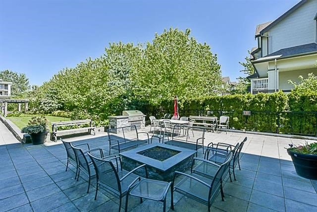 Condo Apartment at 208 2950 KING GEORGE BOULEVARD, Unit 208, South Surrey White Rock, British Columbia. Image 10
