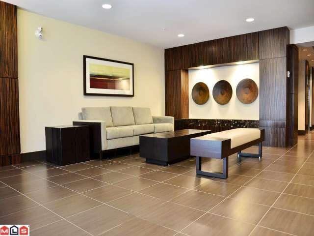 Condo Apartment at 208 2950 KING GEORGE BOULEVARD, Unit 208, South Surrey White Rock, British Columbia. Image 12