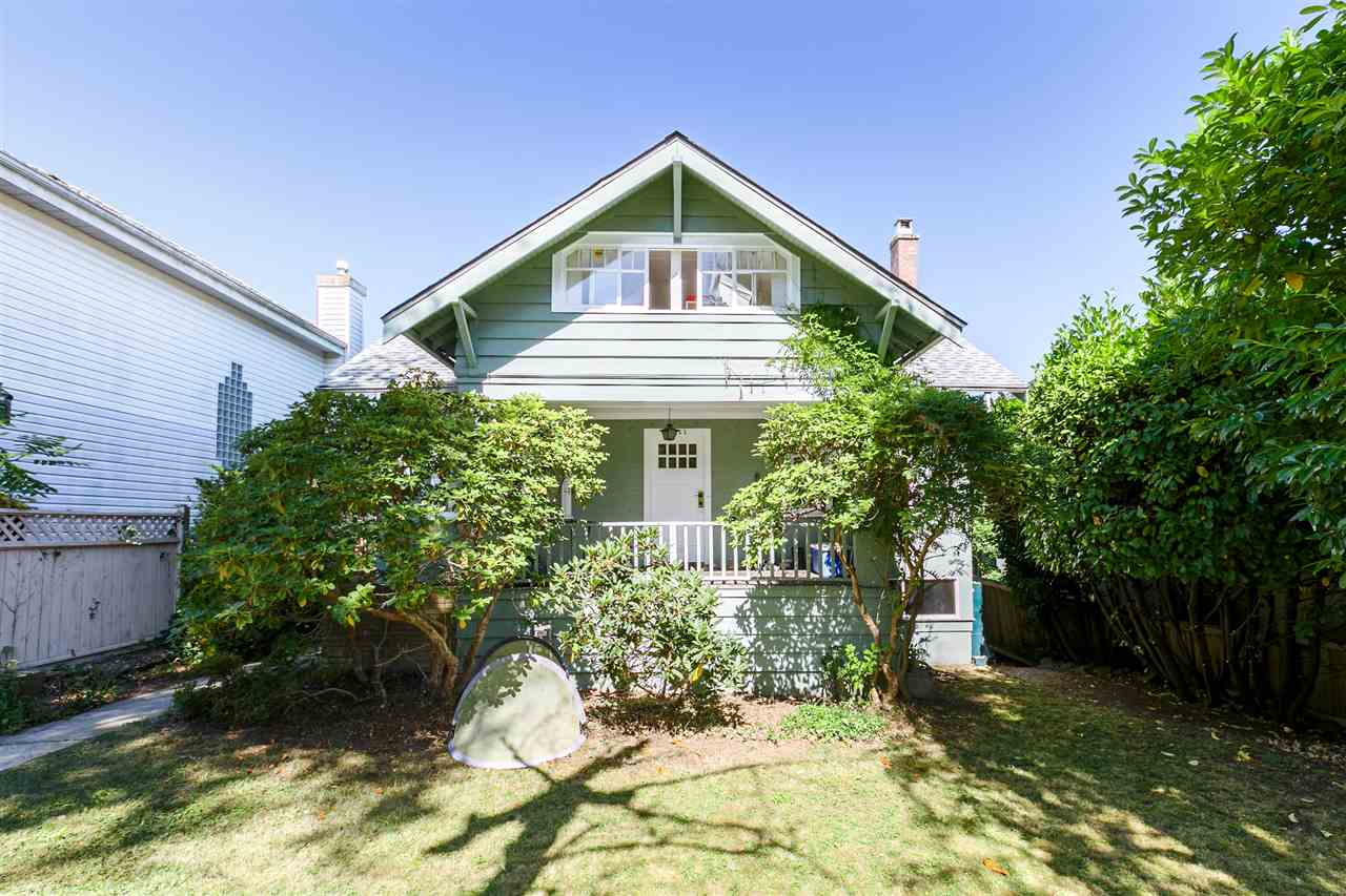Detached at 3811 W 14TH AVENUE, Vancouver West, British Columbia. Image 1
