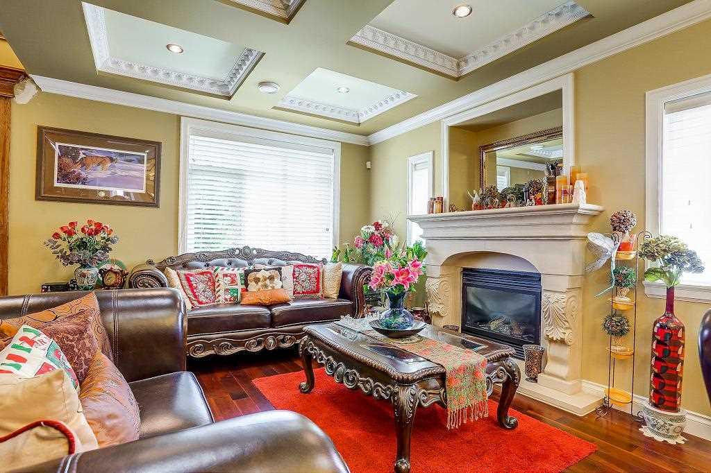 Detached at 7819 10TH AVENUE, Burnaby East, British Columbia. Image 5