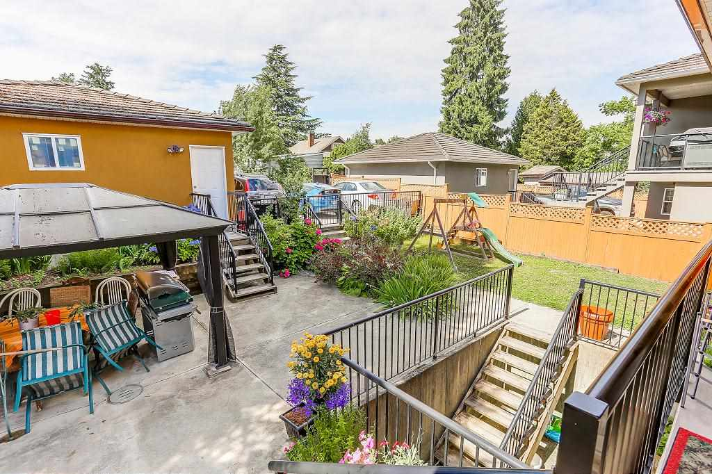 Detached at 7819 10TH AVENUE, Burnaby East, British Columbia. Image 19