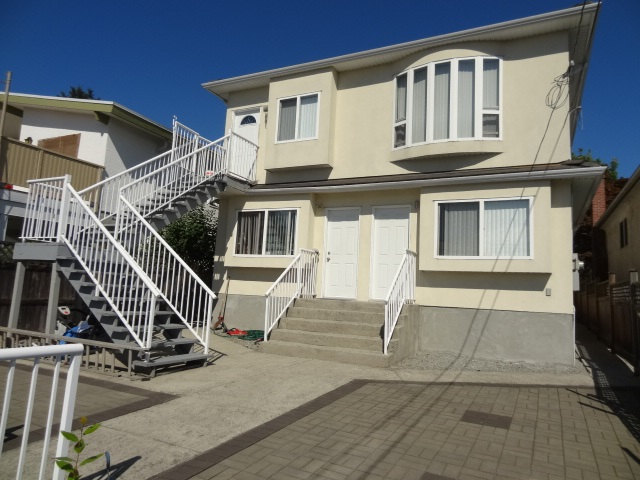 Detached at 5635 SHERBROOKE STREET, Vancouver East, British Columbia. Image 13