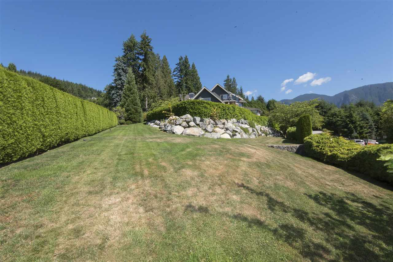 Detached at 620 ST. ANDREWS ROAD, West Vancouver, British Columbia. Image 20