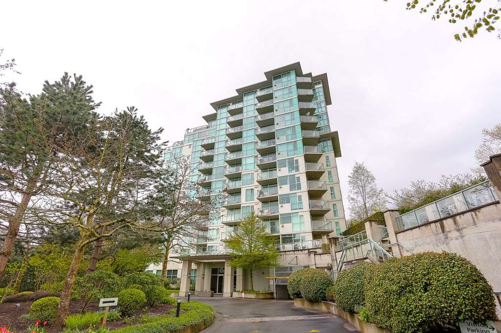 Condo Apartment at 809 2733 CHANDLERY PLACE, Unit 809, Vancouver East, British Columbia. Image 1