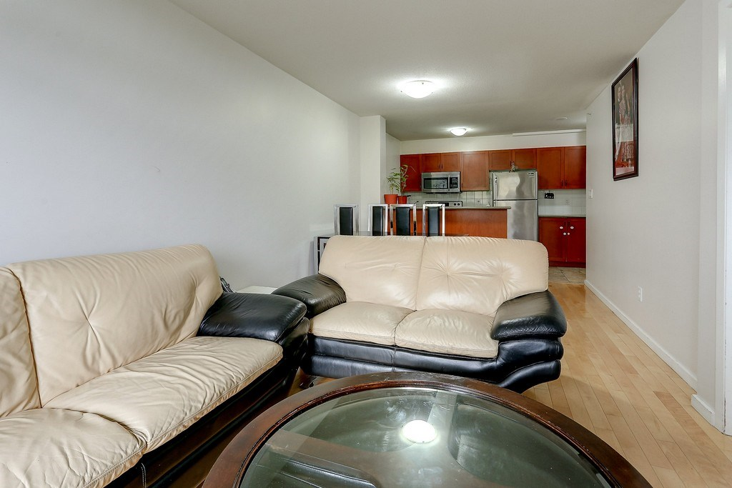 Condo Apartment at 809 2733 CHANDLERY PLACE, Unit 809, Vancouver East, British Columbia. Image 5
