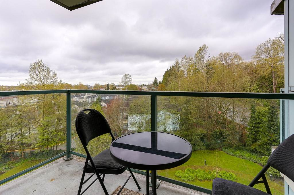 Condo Apartment at 809 2733 CHANDLERY PLACE, Unit 809, Vancouver East, British Columbia. Image 6