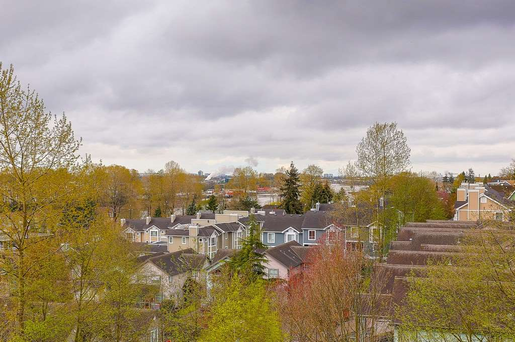 Condo Apartment at 809 2733 CHANDLERY PLACE, Unit 809, Vancouver East, British Columbia. Image 8