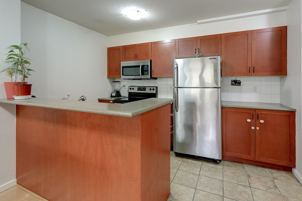 Condo Apartment at 809 2733 CHANDLERY PLACE, Unit 809, Vancouver East, British Columbia. Image 10