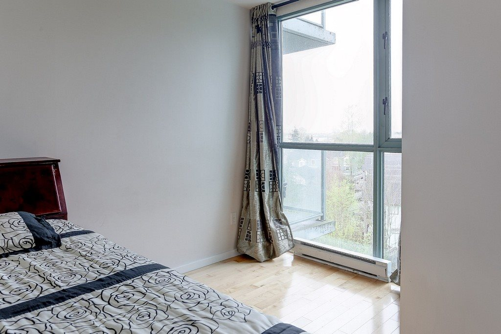 Condo Apartment at 809 2733 CHANDLERY PLACE, Unit 809, Vancouver East, British Columbia. Image 14