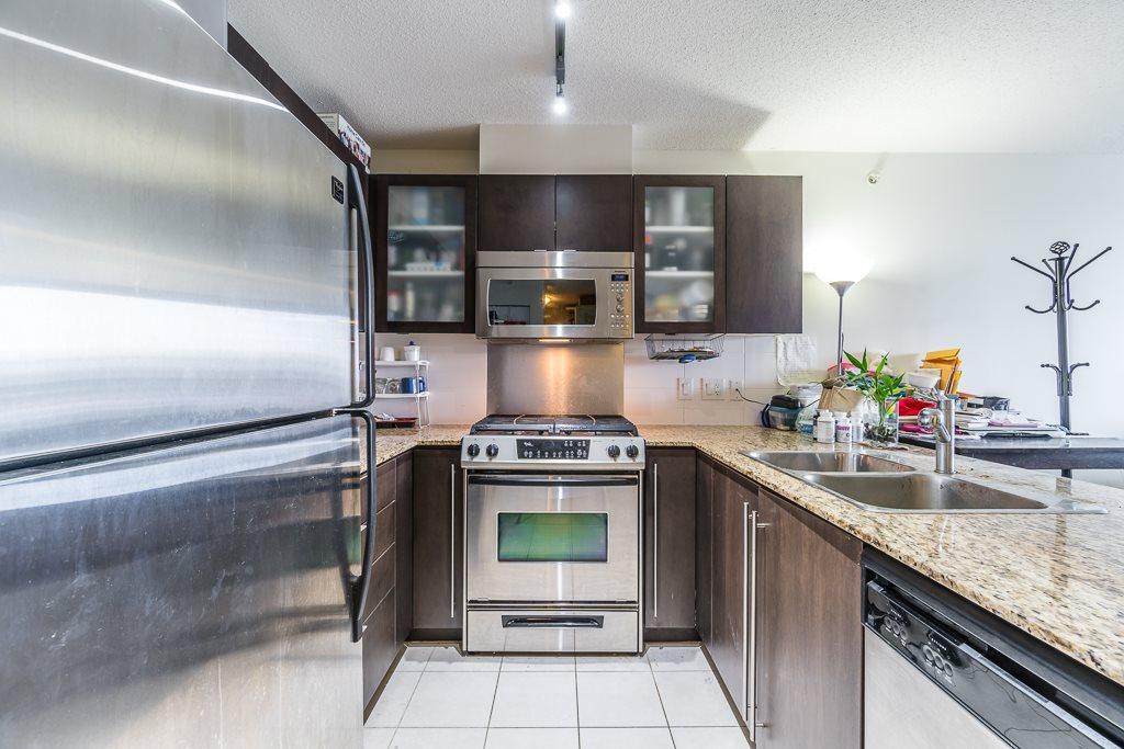 Condo Apartment at 1102 7575 ALDERBRIDGE WAY, Unit 1102, Richmond, British Columbia. Image 4