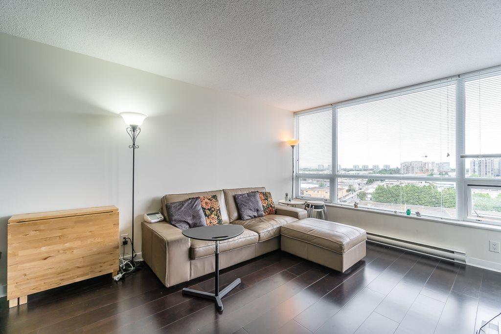 Condo Apartment at 1102 7575 ALDERBRIDGE WAY, Unit 1102, Richmond, British Columbia. Image 8