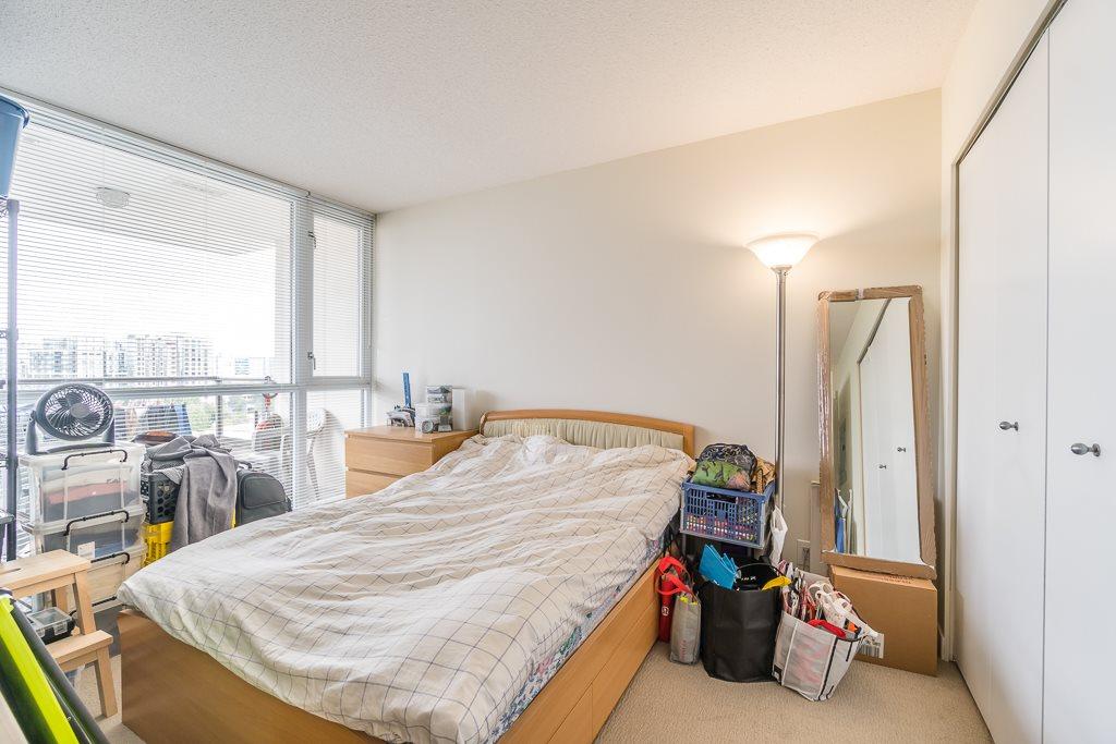 Condo Apartment at 1102 7575 ALDERBRIDGE WAY, Unit 1102, Richmond, British Columbia. Image 10