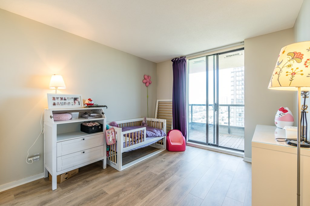 Condo Apartment at 2003 7178 COLLIER STREET, Unit 2003, Burnaby South, British Columbia. Image 12