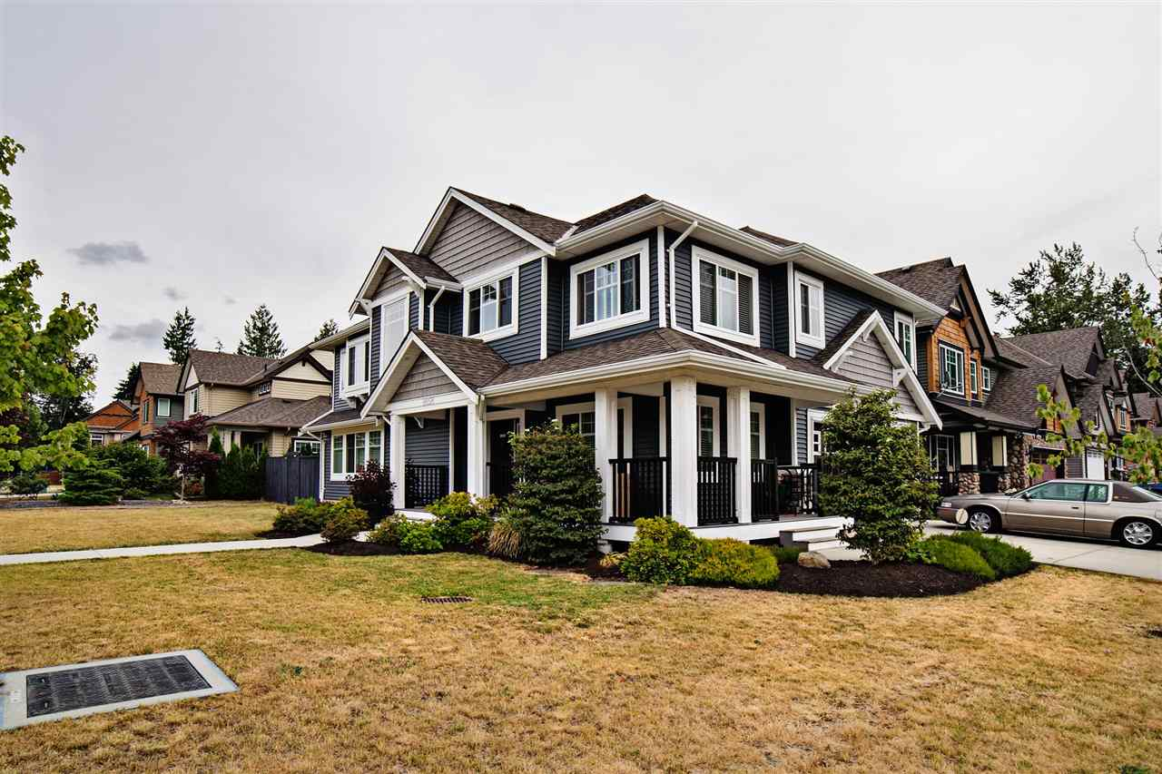 Detached at 8656 MAYNARD TERRACE, Mission, British Columbia. Image 2