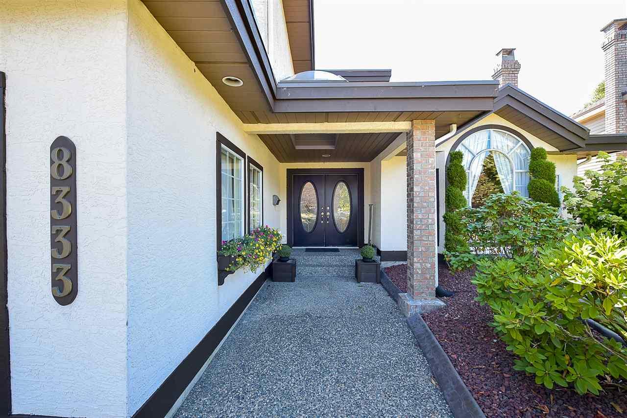 Detached at 8333 148B STREET, Surrey, British Columbia. Image 3