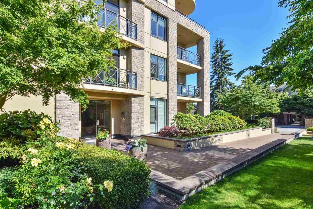 Condo Apartment at 301 15445 VINE AVENUE, Unit 301, South Surrey White Rock, British Columbia. Image 4