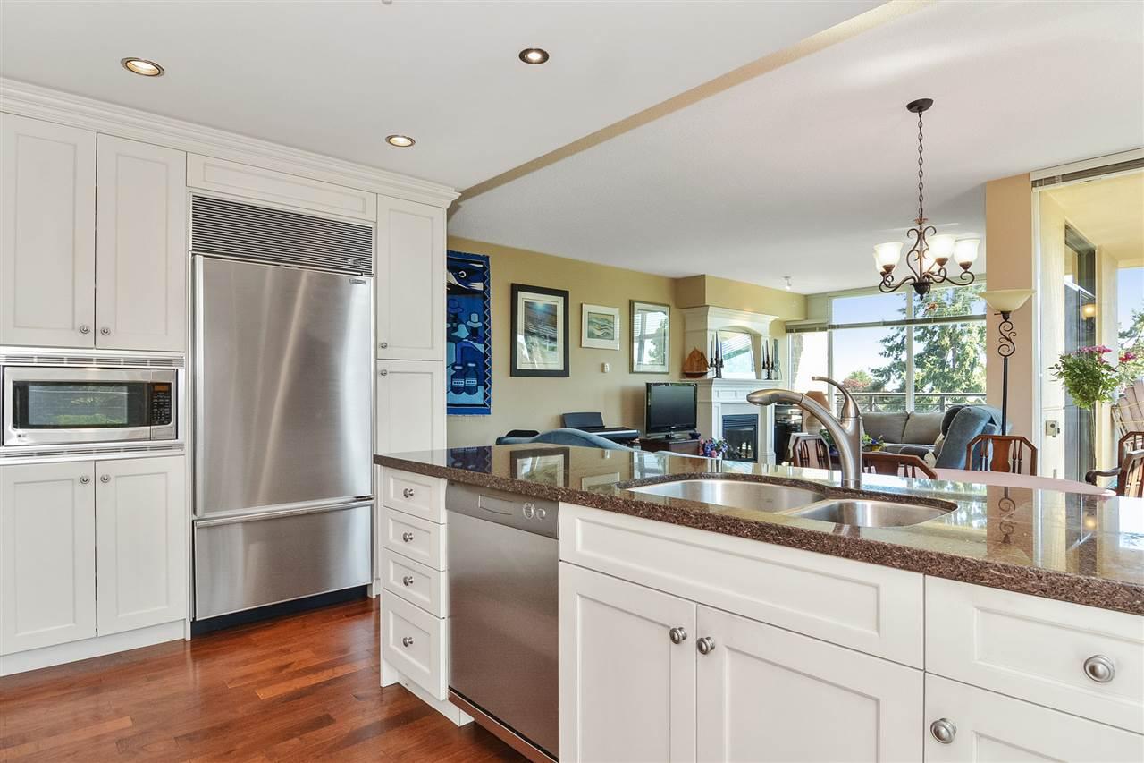 Condo Apartment at 301 15445 VINE AVENUE, Unit 301, South Surrey White Rock, British Columbia. Image 15