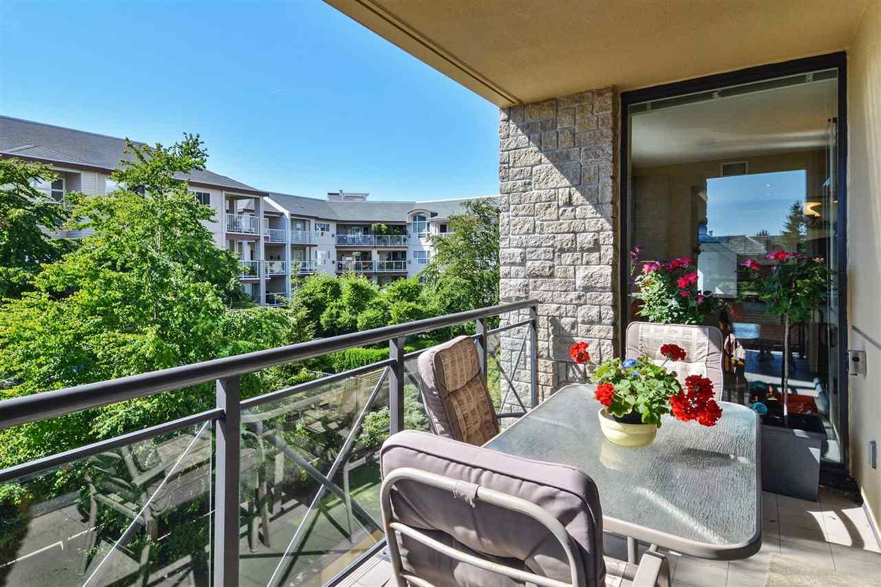 Condo Apartment at 301 15445 VINE AVENUE, Unit 301, South Surrey White Rock, British Columbia. Image 18