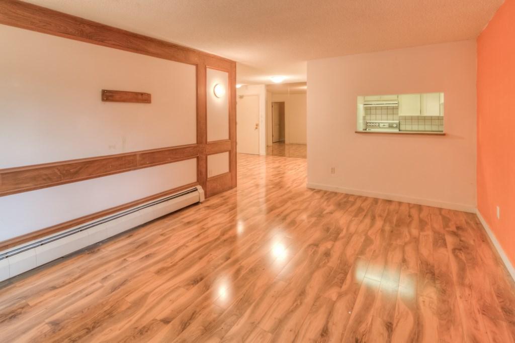 Condo Apartment at 101 2416 W 3RD AVENUE, Unit 101, Vancouver West, British Columbia. Image 3
